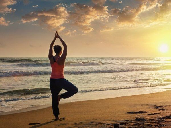 Beneficios del yoga relajar tensiones