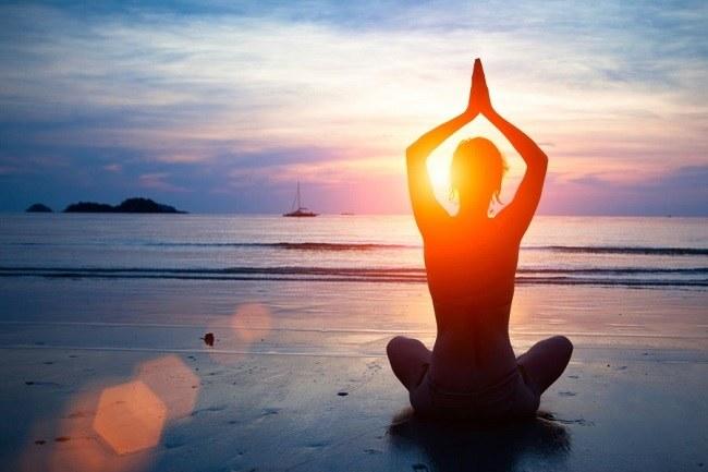 las-mejores-tecnicas-de-relajacion-para-el-estres-meditar