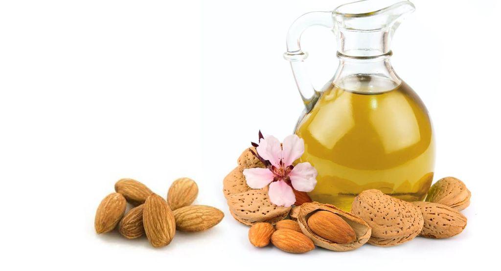 los-mejores-aceites-caseros-para-fortaleces-las-uñas-aceite-de-almendras