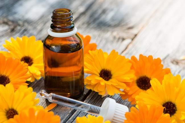 los-mejores-aceites-caseros-para-fortaleces-las-uñas-aceite-de-calendula