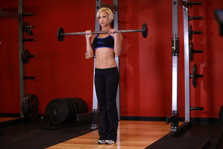 ejercicio de biceps con barra
