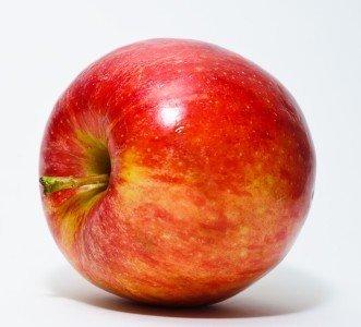 alimentos-ideales-para-combatir-el-colesterol-alto-manzana