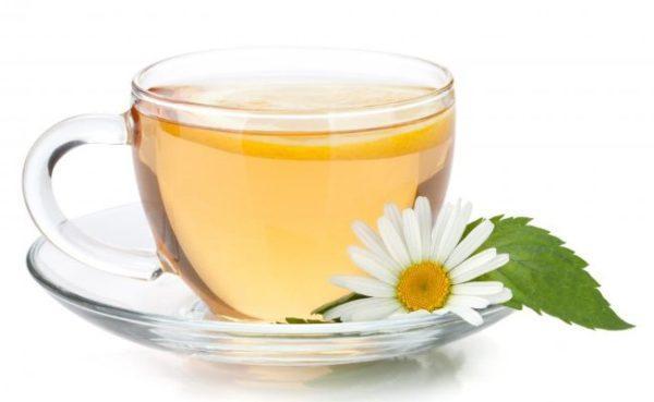 12-remedios-naturales-para-una-infeccion-estomacal-manzanilla
