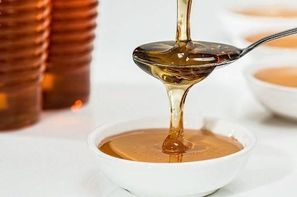antibioticos-naturales-que-hay-en-tu-cocina-miel