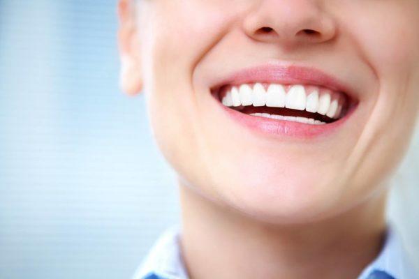 Propiedades y beneficios del te blanco dentadura correcta