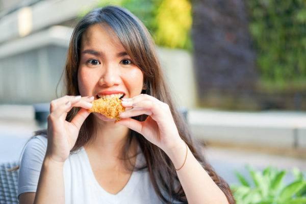 Alimentos grasos y acné