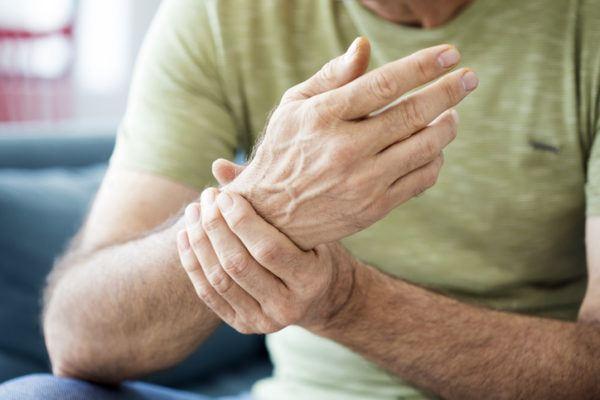 Dolor de huesos por humedad sintomas y remedios caseros lesiones