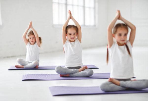 Yoga para ninos beneficios consejos y las mejores posturas