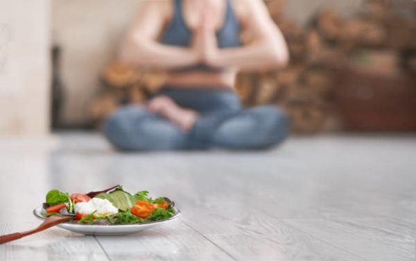 El yoga y la alimentacion