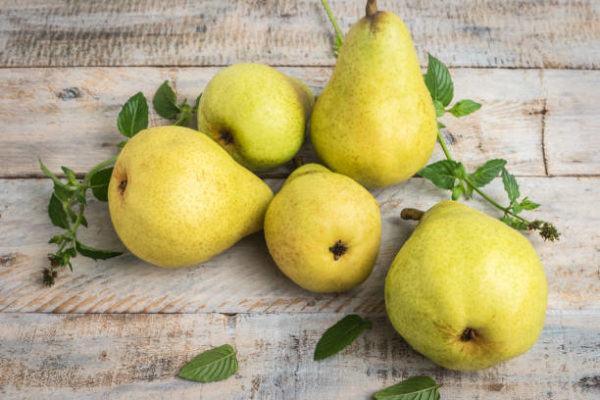Los alimentos que nos ayudan a cuidar el cuerpo en otoño peras 2