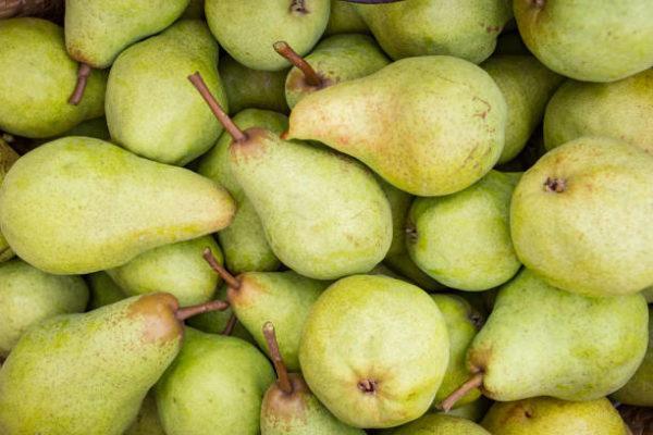 Los alimentos que nos ayudan a cuidar el cuerpo en otoño peras