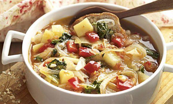 Sopa quemagrasa ligera y saciante fácil de hacer calabaza y coliflor