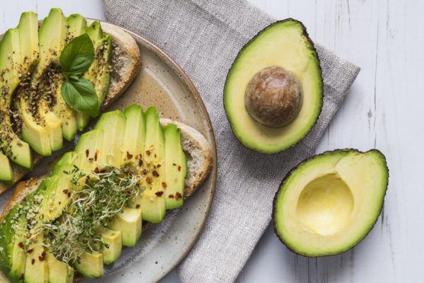 Superalimentos para bajar colesterol aguacate