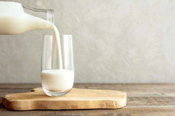 Superalimentos para bajar colesterol leche yogur