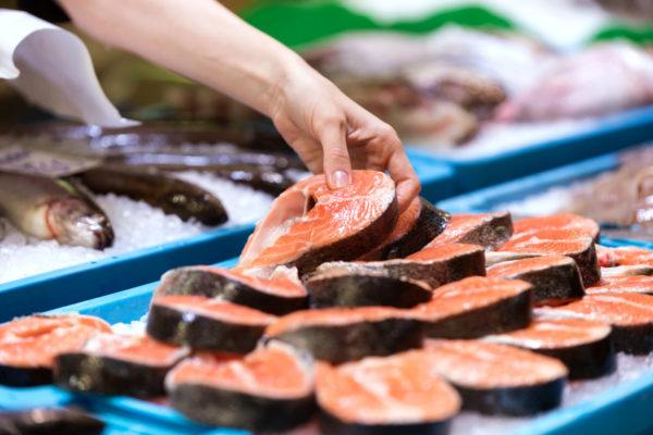 Superalimentos para bajar colesterol salmon