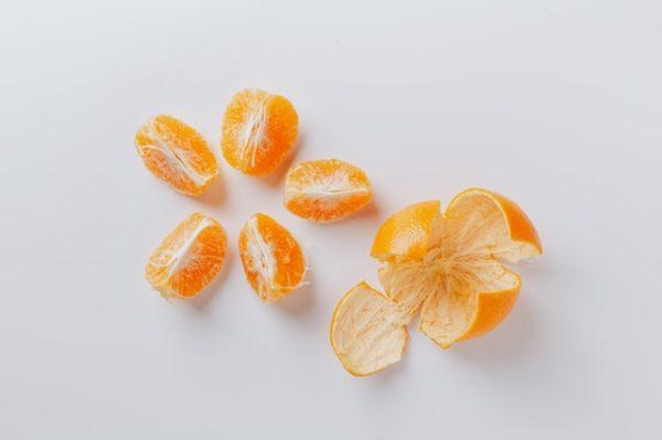 Los mejores trucos y consejos caseros para quitar los granos cáscara naranja