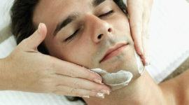 Limpieza facial en el hombre