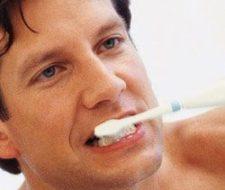 """Sanidad analiza dentífricos """"sospechosos"""""""