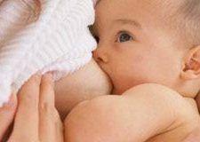Calostro y leche materna, los mejores alimentos.