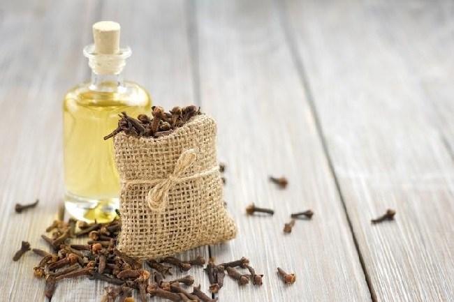 como-aliviar-el-dolor-con-remedios-naturales-clavos-de-olor
