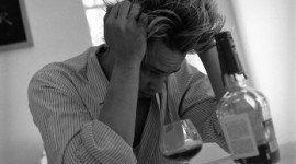 Un nuevo estudio demuestra que el alcohol atrofia el cerebro