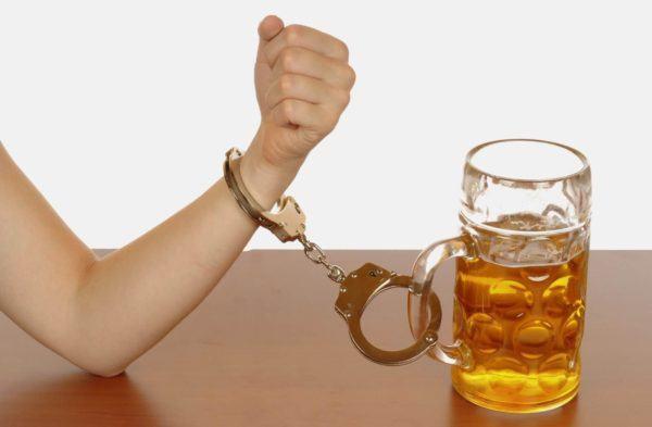 alcoholismos-causas-y-tratamiento