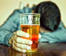 Alcoholismo   Causas y tratamiento