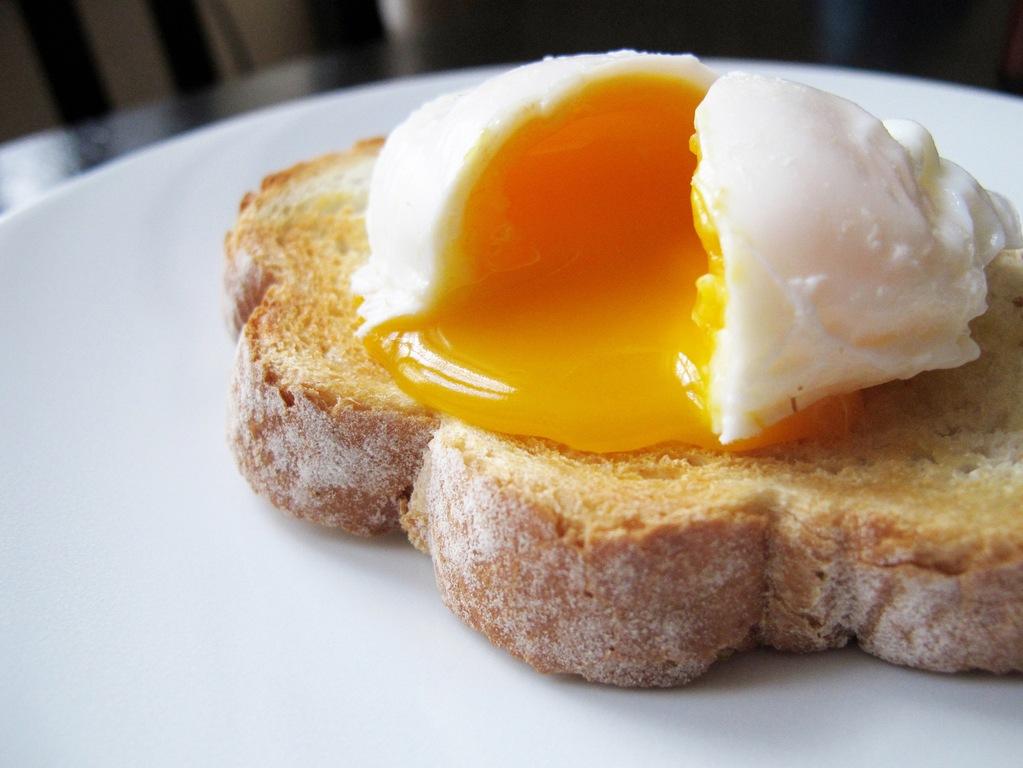 comer-un-huevo-diario-es-bueno-o-malo-propiedades