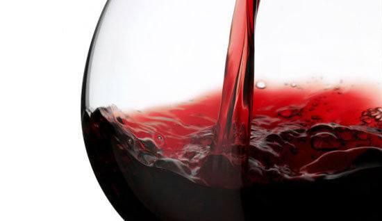 beneficios-del-vino-tinto-color