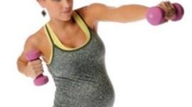 Hacer ejercicio durante el embarazo beneficia al bebe
