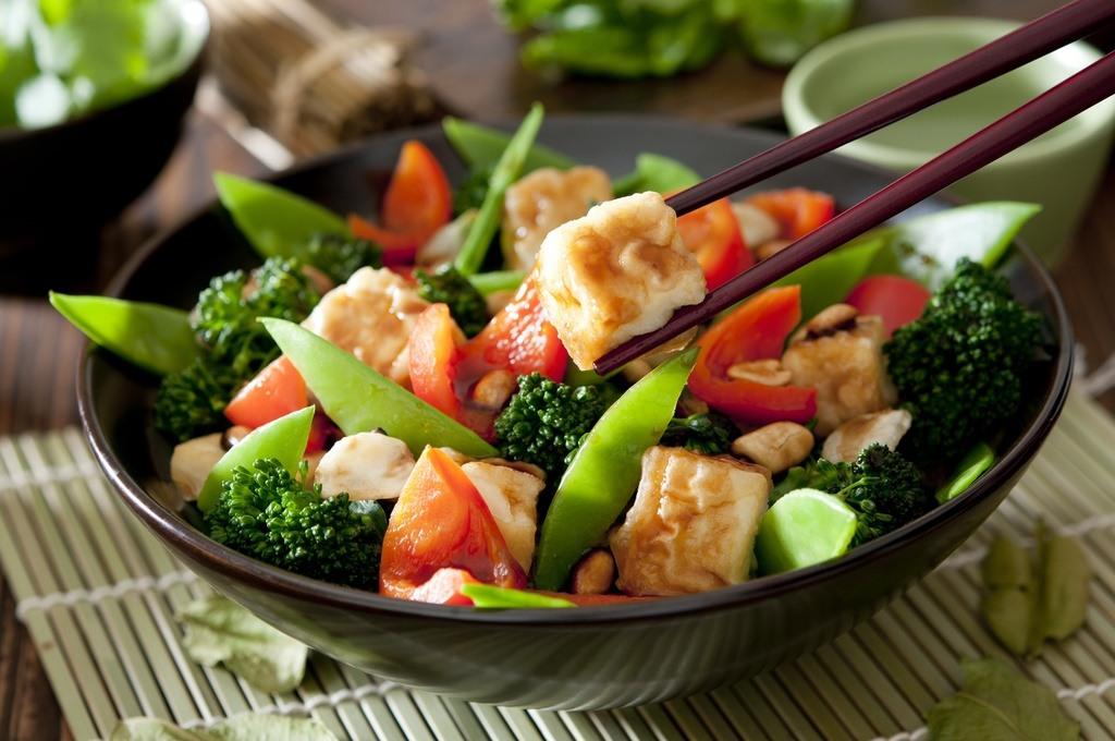 Cocinar-con-wok-Trucos-ventajas-consejos