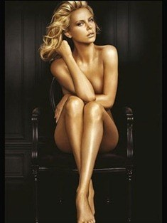 charlize_theron_mode_large_qualite_es