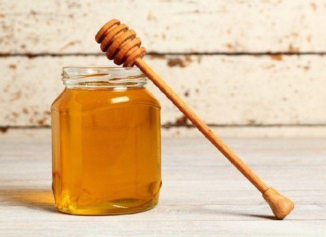 exfoliantes-caseros-azucar-moreno-avena-y-miel-miel