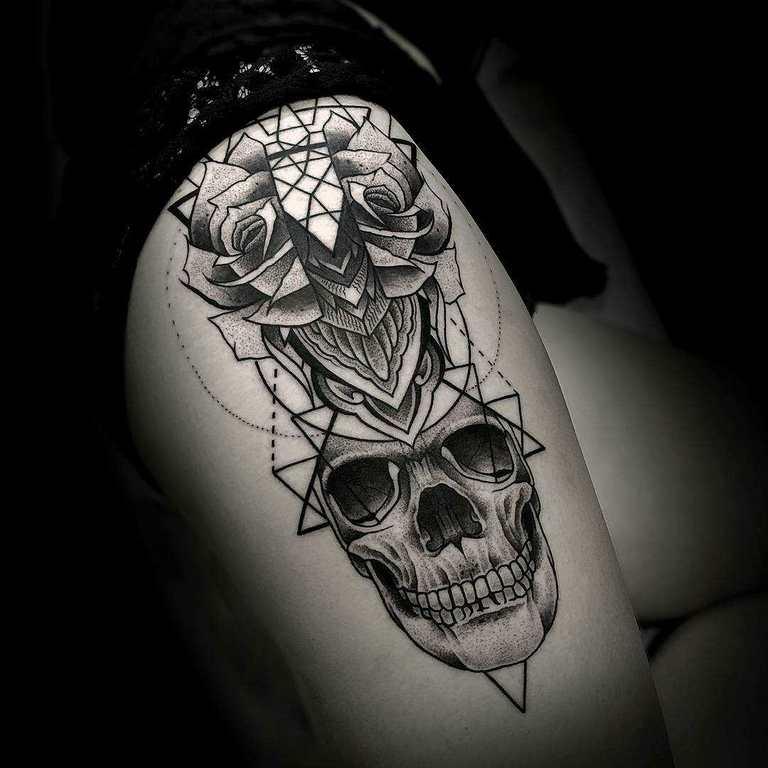 los-tatuajes-pueden-causar-cancer-de-piel-peligros-calavera