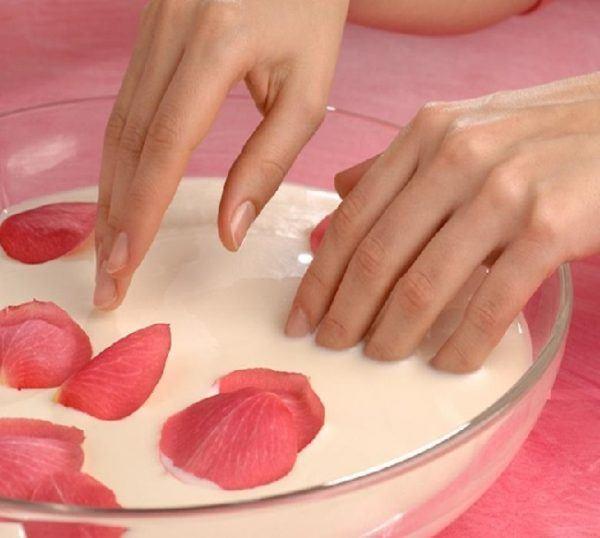 como-hacer-crema-de-manos-casera-ingredientes