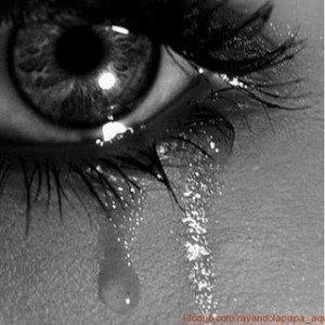ojo+llorando