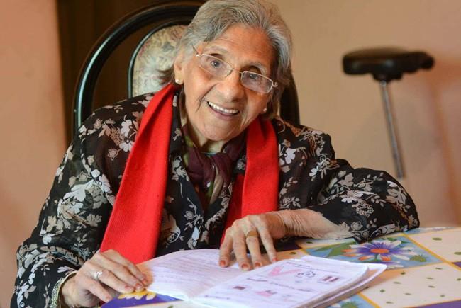 Consejos-para-llegar-a-los-90-años-con-salud-caminar-leer