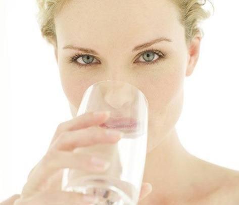 beber-agua-imagen