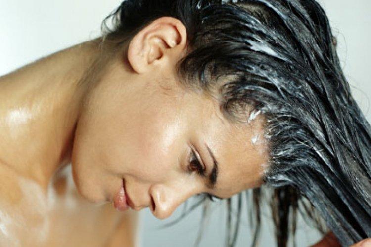 Mascarillas-para-el-cabello-Consigue-más-brillo