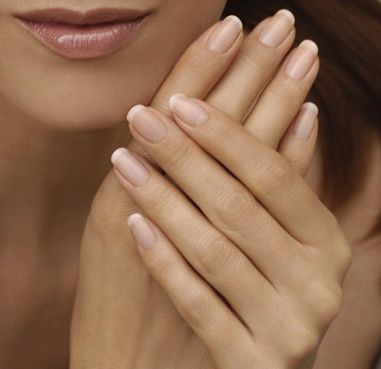 los-mejores-aceites-caseros-para-fortaleces-las-uñas-salud-en-las-uñas