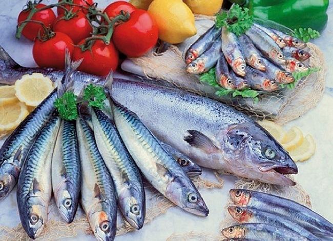 10-productos-del-supermercado-que-te-ayudan-a-bajar-el-colesterol-pescados