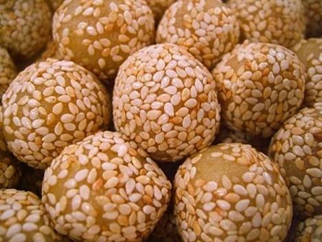 ballsandballs