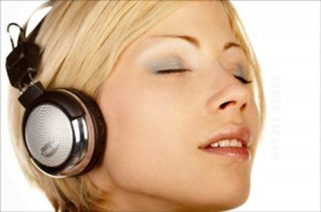 power-napcom_sleeping_girl_1200x798-300x199