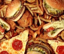 Comida rápida – Consecuencias de comer en exceso comida rápida