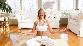 Yoga en casa para principiantes: tipos y posturas