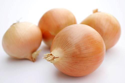 alimentos-ideales-para-combatir-el-colesterol-alto-cebollas