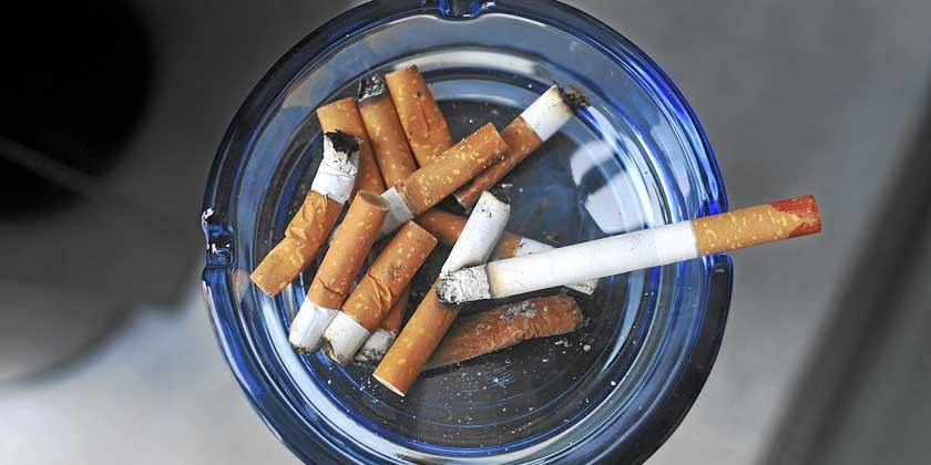 cancer-de-pulmon-sintomas-tipos-tratamiento-esperanza-de-vida-cigarrillos-apagados