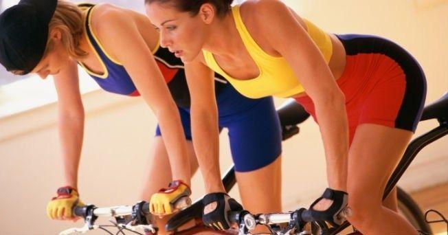 beneficios-del-spinning-mejora-el-tono-muscular