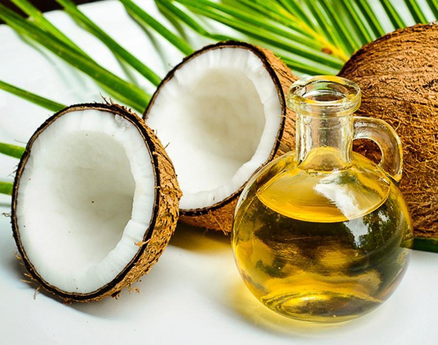 cuidados-naturales-para-tu-cabello-aceite-de-coco