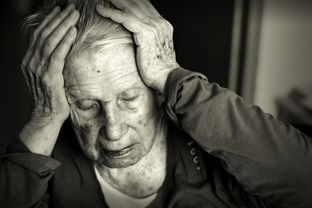 remedios-para-el-alzheimer-anciana